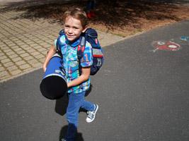 Spruch Zum Ersten Schultag Glückwünsche Zum Ersten Schultag